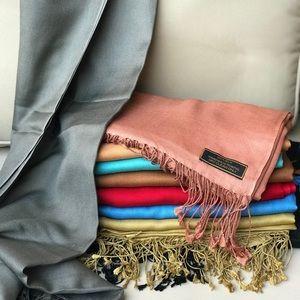 Handwoven silk wraps shawl